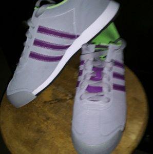 BRAND NEW Adidas Samoa Sneaks